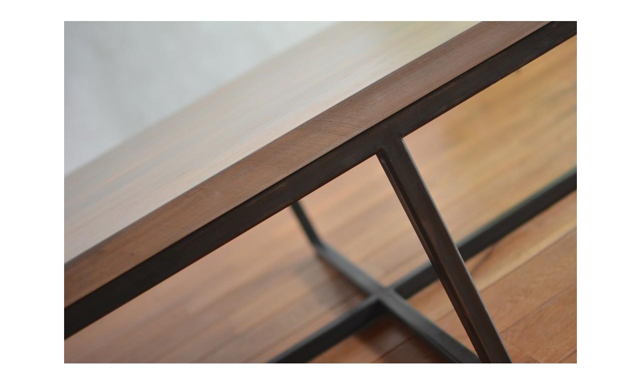Stolik kawowy w stylu industrialnym z drewna i stali DSMSt9