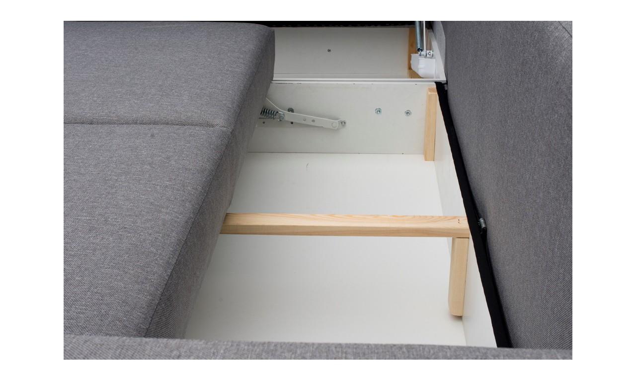 Biały narożnik z pufą, funkcją spania i dwoma pojemnikami na pościel Alvares malmo83
