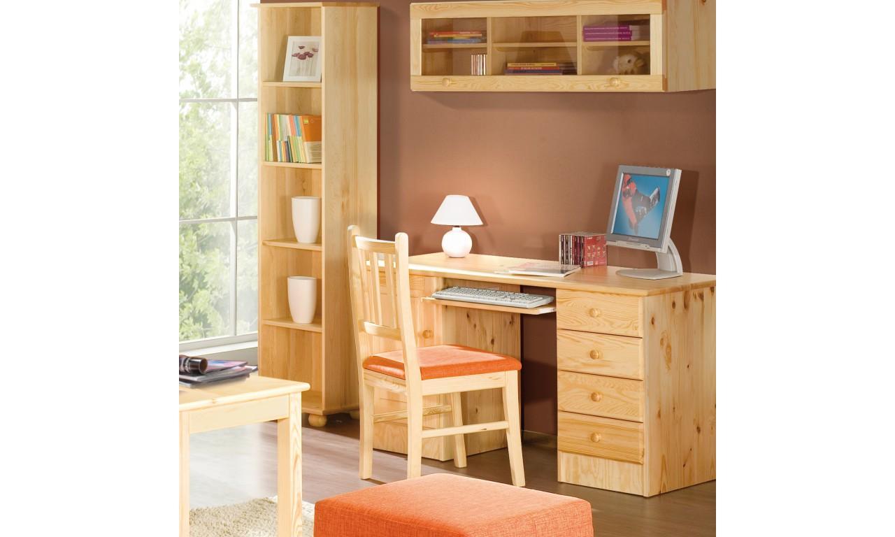 Duże biurko z drewna sosnowego należące do kolekcji Classic