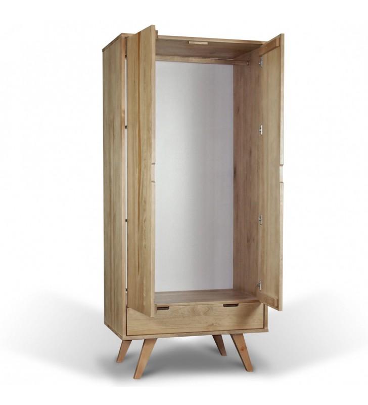 Szafa należąca do kolekcji Malmo z litego drewna sosnowego