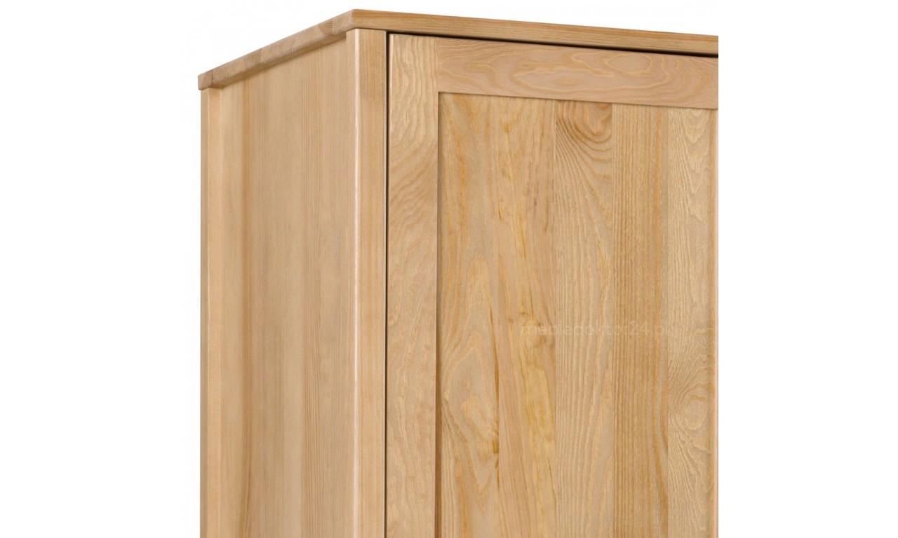 Szafa II z litego drewna sosnowego należąca do kolekcji Prestige